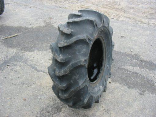 Pneu Bridgestone 12.4/16 - 15-035(J)